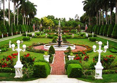 Villa Escudero Tour